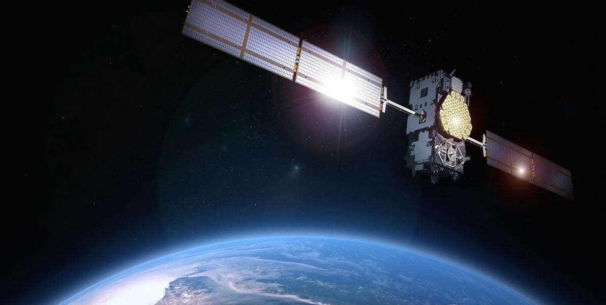 advertising-excellence-media-advertising-telecoms-earth-satellite-cropped